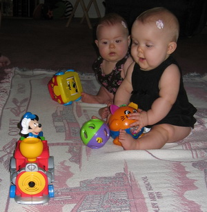 Choo, choo, here comes the train - Brina and Karliec